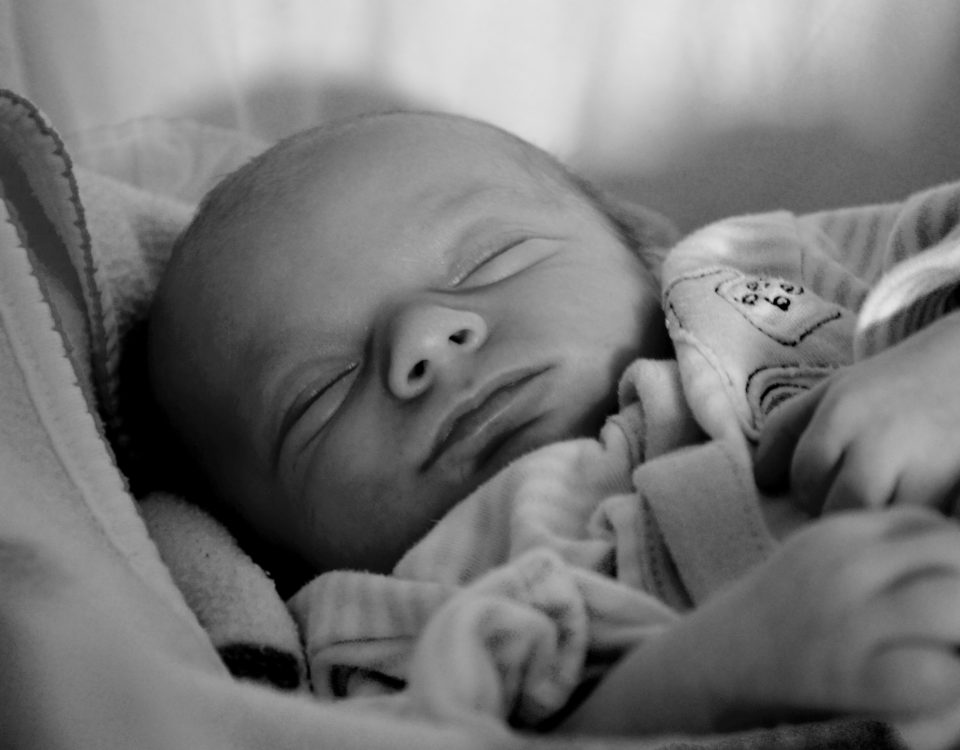 adorable-baby-black-and-white-8306